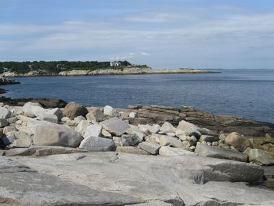 Walk to rocky shores of Halibut Point & Folly Cove