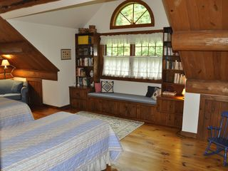Piseco Lake lodge photo - Spacious Bedroom on 2nd Floor with Convertible Single Couch.