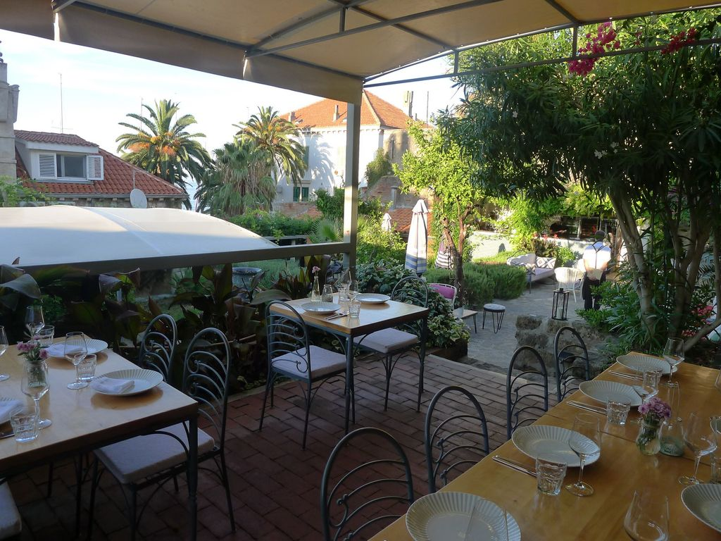 Charming Stone House, Vis Old Town, Cozy Outdoor Lounge & Sun ... Outdoor Lounge Vis A Vis
