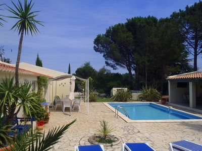'Exceptional' villa with garden and heated pool, access to Pyrenees and the Med