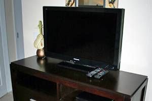 Bedroom TV with Blu Ray/DVD player and HD TV