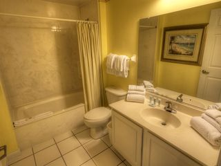 Daytona Beach studio photo - Bathroom