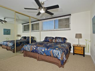 Pacific Beach condo photo - King bed in Master bedroom, can also be used as two twins