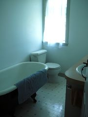 Little Compton farmhouse photo - main bathroom