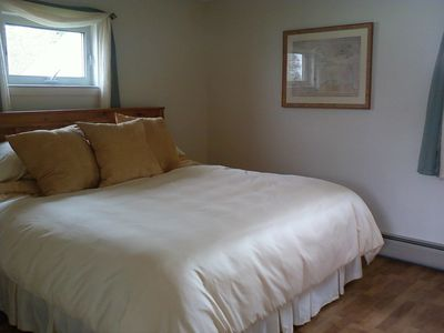 Lake Seymour house rental - another angle of upstairs bedroom