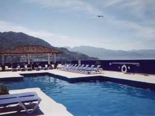 Puerto Vallarta condo photo - Rooftop pool and sundeck