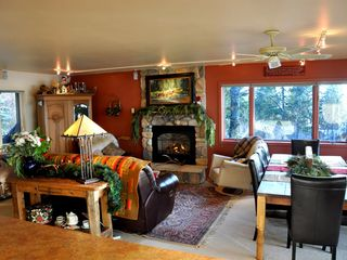 Sandpoint house photo - Original artwork, custom made furniture and quality furnishings