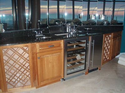 Large Wet Bar with Sub-Zero Wine Storage