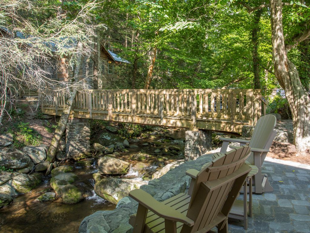 Baita in citt per 4 persone nel gatlinburg 4256999 for Cabina di brezza autunnale gatlinburg