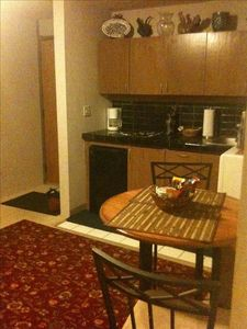 Kitchenette includes dishes