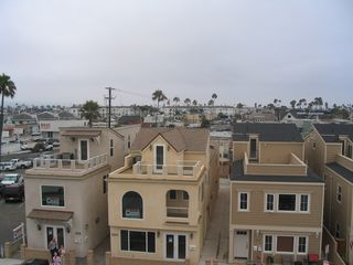 Balboa Peninsula condo photo - Middle house