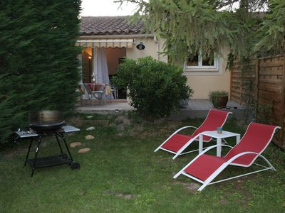 Holiday apartment, 46 square meters , Saint-saturnin-lcs-avignon, France