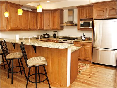 Upscale Kitchen, fully equipped