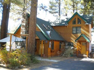 3663 Forest Ave: 3 BR / 2 BA 3 bedroom house in South Lake Tahoe, Sleeps 10