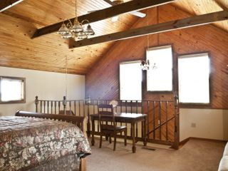Macks Creek cabin photo - First Bedroom