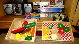 Perdido Key condo photo - Stereo, Board Games, Play Sets, Videos.
