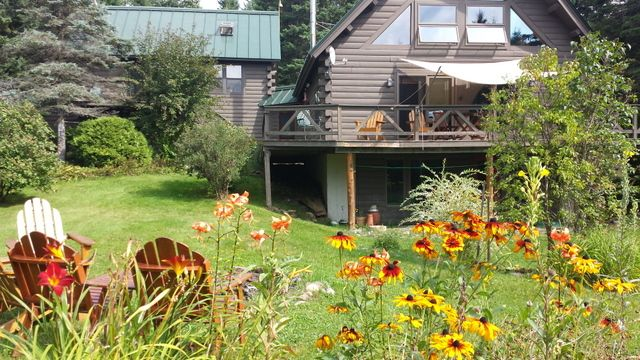 Four Season Private Home in the Western Mountains for Your Vacation