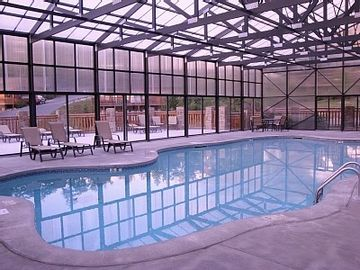 Covered swimming pool open all year round. Heated/winter. No sun burn summer.