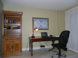 Palmetto Dunes condo photo - Need to work? Hi-speed internet, 5' mahogony desk, speaker phone, office chair.