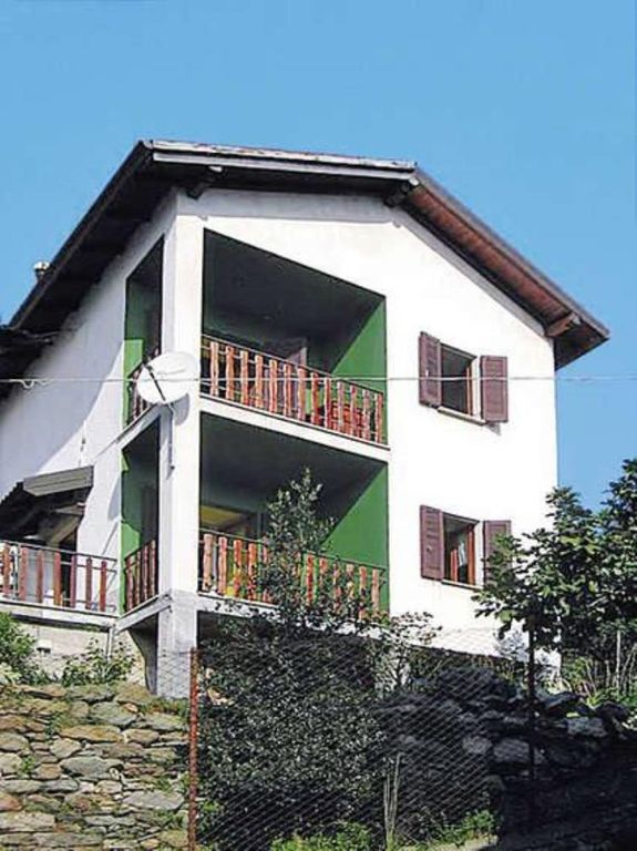 Holiday house, 60 square meters , Morbio, Lombardy