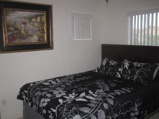 "Las Vegas house photo - The 2nd bedroom has a queen bed and 32"" LCD TV"