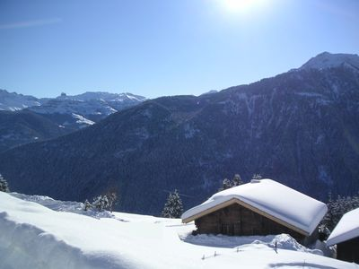 Typical mountain chalet for 12 people to 500 meters from the lifts