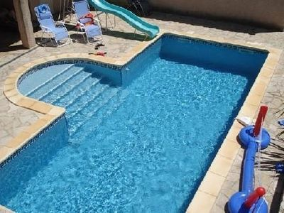 Luxury villa, private pool, 3k med beach, 40km views, trampoline