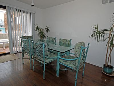 Mission Beach house rental - dining