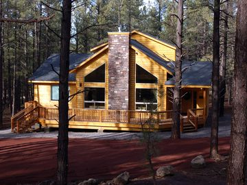 Flagstaff cabin rental - This is beautiful Buck 'N Ham Palace!