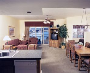 Pagosa Springs condo photo - Living Area