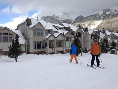 Ski to lift & ski home for lunch! (red bow on porch)