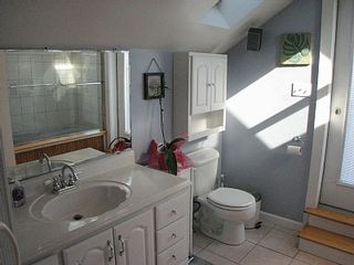 Hampton Beach house photo - Private master bath.