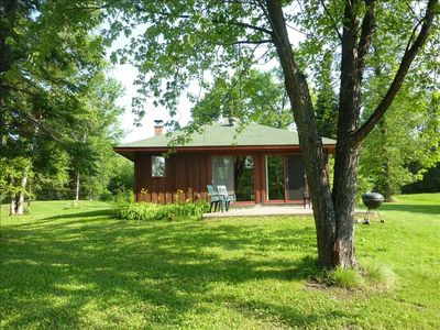 Grand Rapids cottage rental - Charming Cottage on Deer Lake