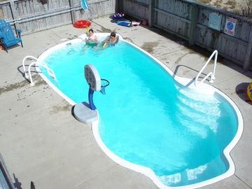 Pool with jets! Can be heated in the Spring & Fall seasons