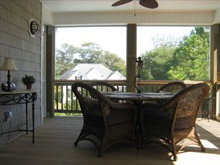 Emerald Isle house photo - Screened porch