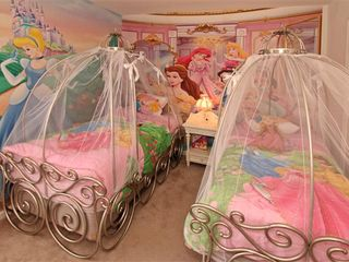 Windsor Hills house photo - Have a Sweet Dream in Cinderella's Carriage, My Little Princess!