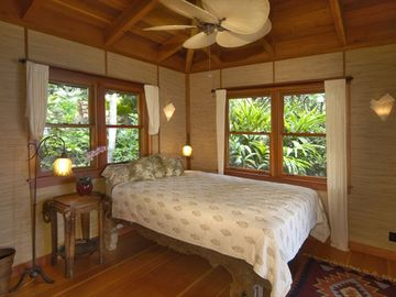 Comfy Queen-size bed with oceanview