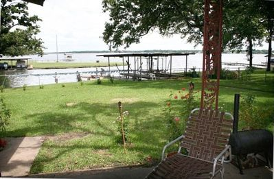 Enjoy the sunrise, lake view, Smoker & BBQ on the covered patio