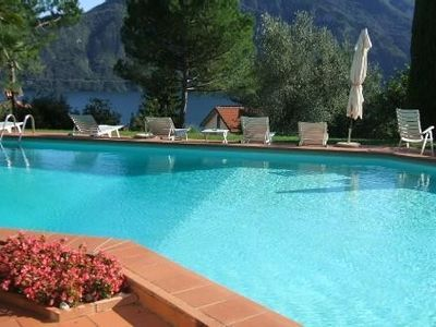 Air-conditioned accommodation, great guest reviews , Lenno, Lombardy