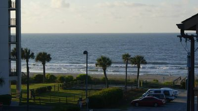 OceanFront Condo-Book a week & get a FREE Departure Cleaning!