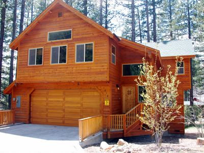 Black Bart house rental - Large, new house located at the end of a street in the woods