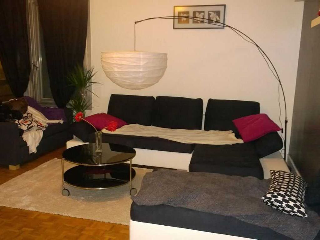 Accommodation bois colombes france 4 apartments 1 for Bois colombes piscine