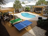 6 BR 5.5 Bath, Sleeps 24, Pool, Pool Table, Steps to the Beach