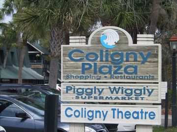 Coligny Plaza - Resturants, Shopping and Entertainment