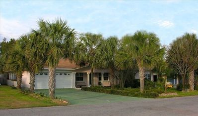 "Huge 3000 Sq. Ft. home! ""Big Beach House"" 5 Bedrms, 4 Bathrms, Sleeps up to 22!"