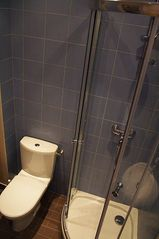1st Arrondissement Louvre apartment photo - Toilets