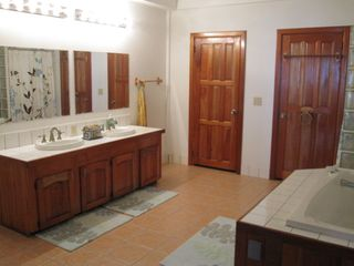 Ambergris Caye condo photo - Master Bath - it is very large and it has a walk in closet