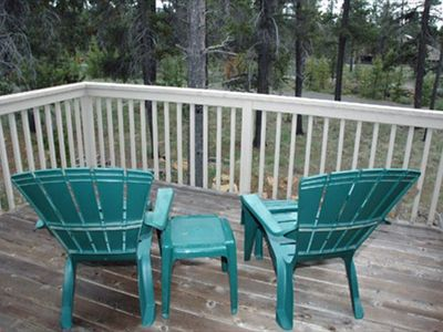 Sunriver house rental - Back Deck - Upper deck located off the loft area upstairs.