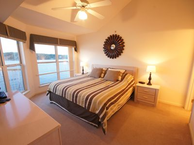 The Master Suite offers a King Bed and an outstanding Lake View plus TV & DVD.