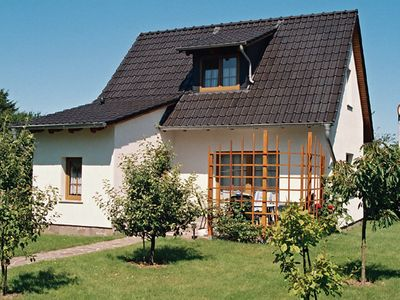 Holiday home in a quiet garden location and close proximity to the Baltic Sea beach
